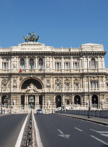Avv. Petrucci | Roma